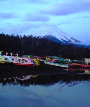 山中湖で見える富士山1210.JPG